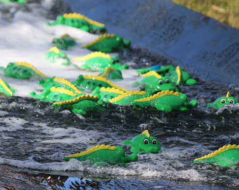 Kintore crocs clash in watery dash